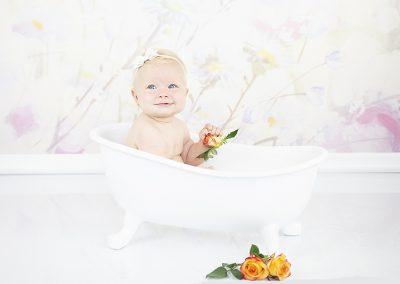 melkbad rozen bloem melk water badje studio sitter
